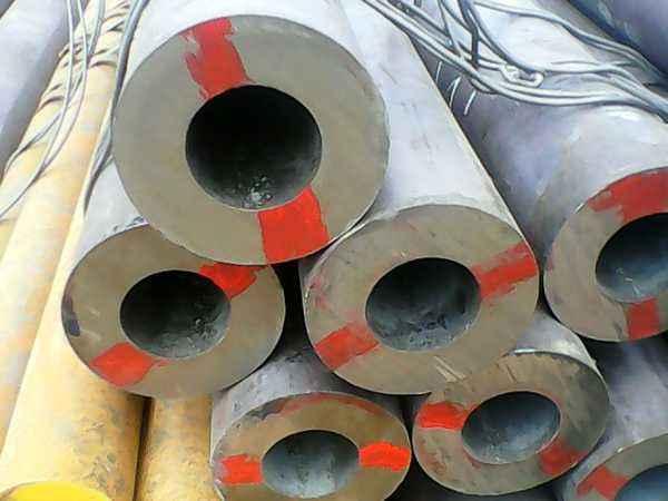 无缝钢管的热轧和冷轧工艺